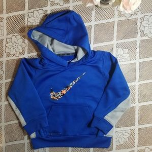 Boy's Nike Therma Fit Hoodie Size 3T